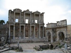 Celsus Library {focus_keyword} Turkish Delight Tour Ephesus Library 02
