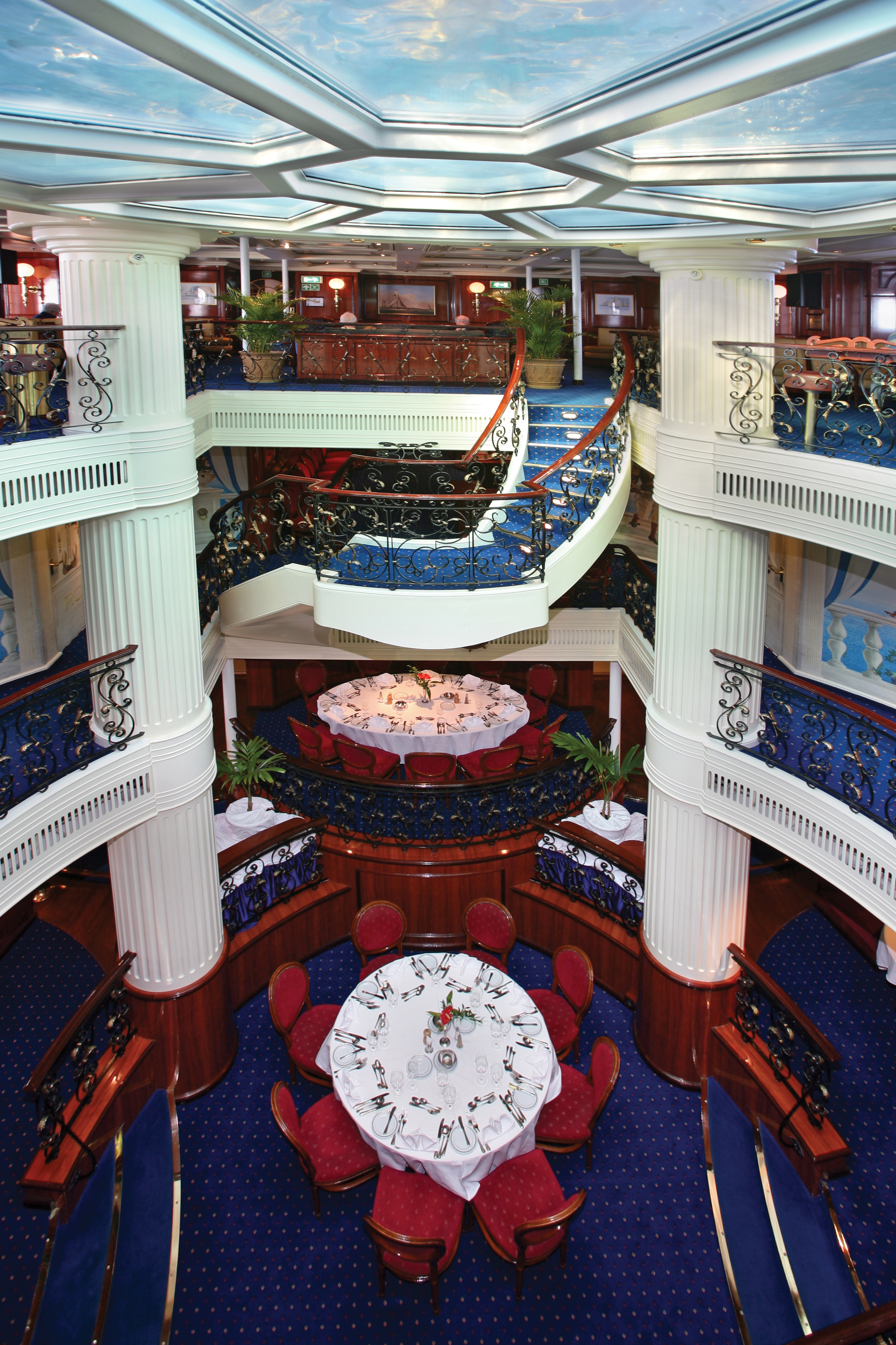 rc – atrium (main dining room) on royal clipper | tropical sails