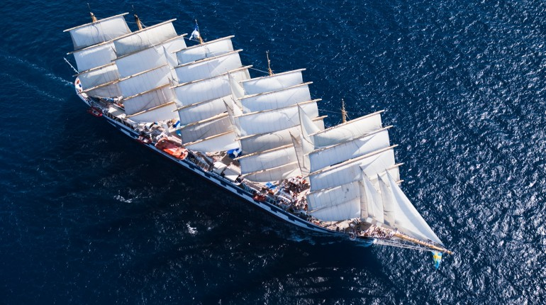 Royal Clipper - Ship Sailing 2
