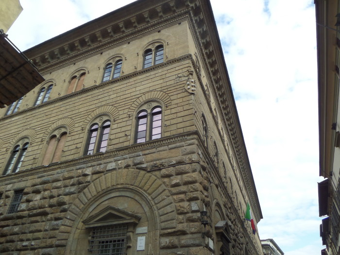 Medici Building walking tour in florence Our Walking Tour in Florence with My Tours Medici