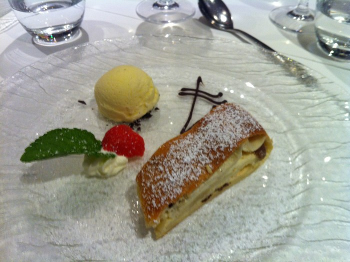 Apple Strudel on Avalon avalon river cruises food Avalon River Cruises Food and Dining Avalon Strudel
